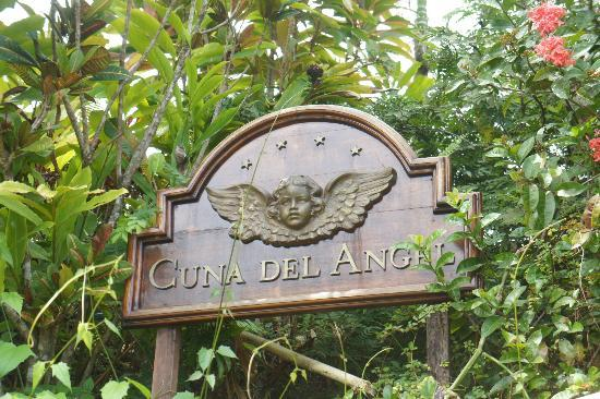 Hotel Cuna del Angel : Hotel Sign