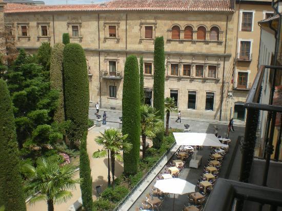 Apartaestudios Plaza de la Libertad: Vista de la Plaza de la Libertad, desde la habitación