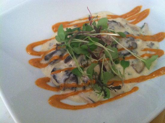Elmwood at Sparks: escargots appetizer