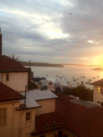 DeVere Hotel: our room overlooking Elizabeth Bay and sunrise!
