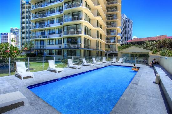 Seacrest Apartments (Surfers Paradise): See 217 Reviews ...