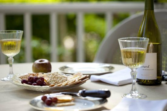 Blueberry Cove Inn: Treats on the Porch