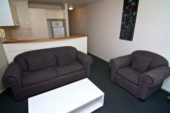 Portobello Resort Apartments : Lounge Area