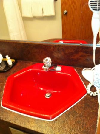 Dude Rancher Lodge: Bathroom Sink