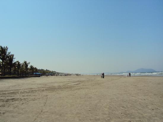 Bertioga, SP: Praia da Enseada 3