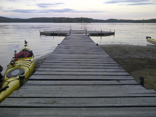 Northern Edge Algonquin: fabulous dock for lazing in the sun &/or yoga
