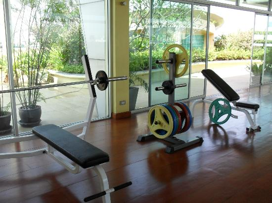 Seven Place Executive: Fitness Room