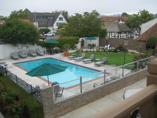 Royal Copenhagen Inn: Pool area