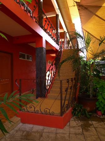 Anisabel Suites: External hallway and staircase