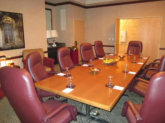 Gainey Suites Hotel: The Board Room