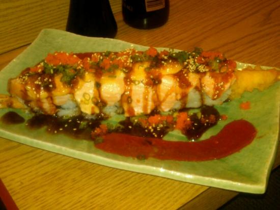 Tanuki Sushi Bar & Garden: Chef's Special Surprise Roll