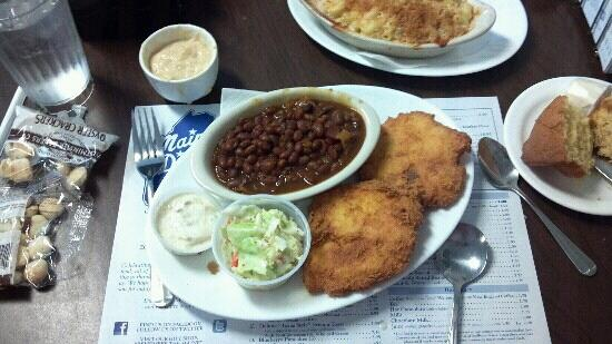 Maine Diner: Cod Cakes and beans. Came with corn muffin and cole slaw.