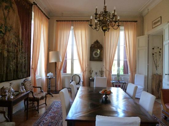 Chateau Lavergne-Dulong - Chambres d'hotes: comfortable everywhere