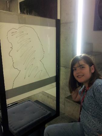 Swiss Camera Museum : We had fun drawing each other's silouette