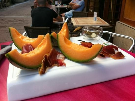 Au Grain De Raisin : assiette ramon y melon