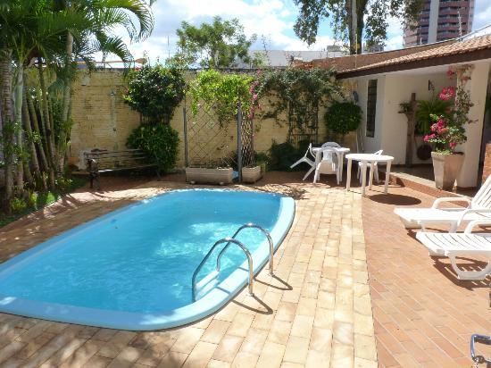 Pousada Bella Casa: Pool`s area