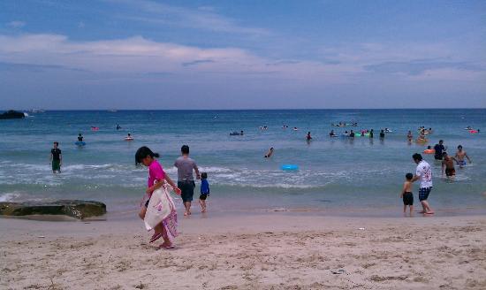 Tsunoshima Island: Beach
