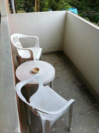 Sagarmatha Apartment Bed & Breakfast: Sanepa Property - filename__apt 5 balcony_jpg_thumbnail0_jpg