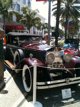 Luxe Rodeo Drive Hotel: Father's Day Auto Show with Luxe directly behind that amazing automobile!