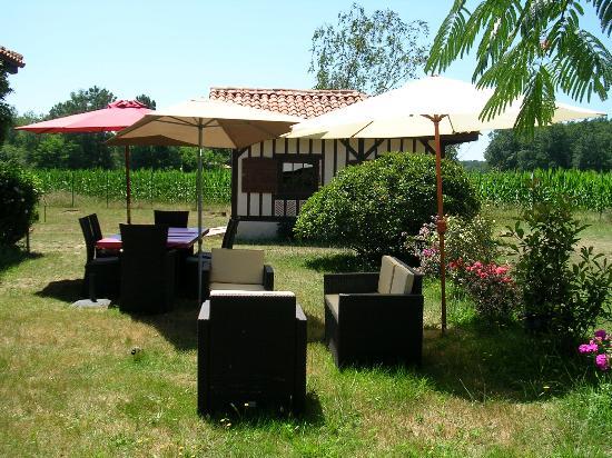 Jardin c t chambre d 39 h tes foto di l 39 ermitage du lac d - Restaurant cote jardin lac 2 ...