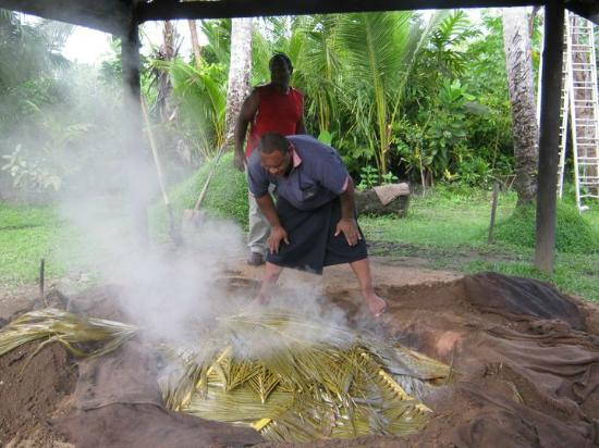 ULTIQA at Fiji Palms Beach Resort : Cooking the