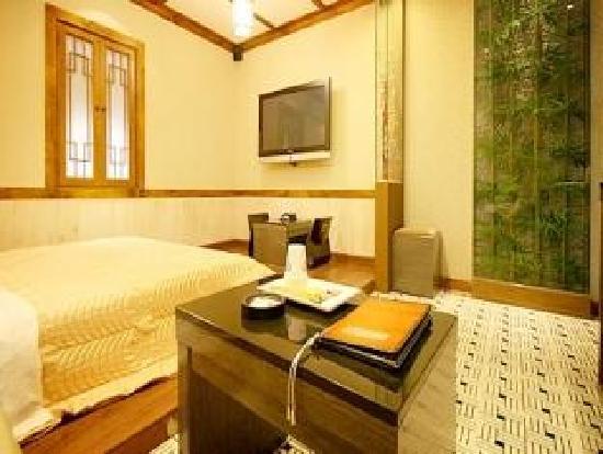 Rainbow Hotel: Room3