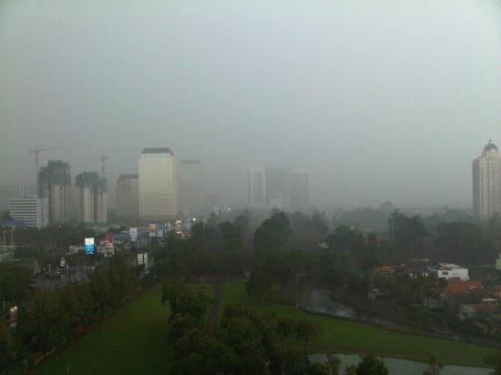 Hotel Mulia Senayan: Heavy rain on Senayan