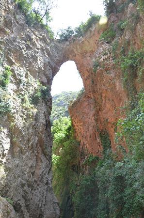 Dar Gabriel: god's bridge, akchour