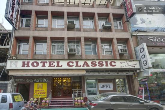 Hotel Classic: Front