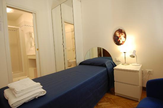 Santa Margherita Guesthouse: camera singola primo piano