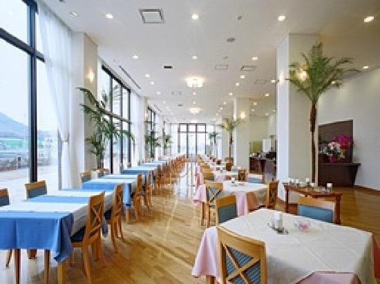 R Hotel Inn Kitakyusyu Airport: Restaurant AQUA レストラン アクア
