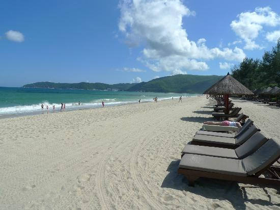 Hilton Sanya Yalong Bay Resort & Spa: Beautiful beach with fine white sand