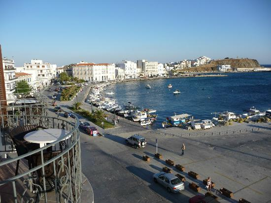 Poseidonio Hotel: View from room to the left