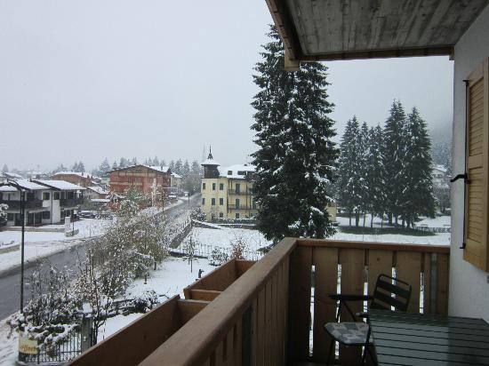 Residence La Locanda: Vista dal balcone della mia stanza
