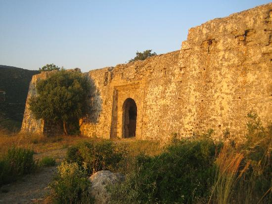 Anthousa, Greece: The entrance to the castle