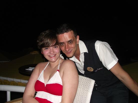 Mitsis Serita Beach Hotel : my daughter with Antonios the lovely waiter