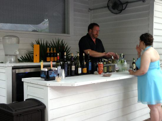 Old Town Manor: New bar area