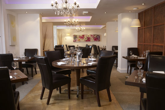 Waterhead Hotel: Bar & Grill