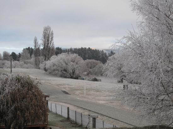Riversong Bed & Breakfast: Clutha River - view fron B&B