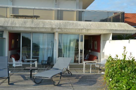 Hôtel Point France : chambre avec terrasse