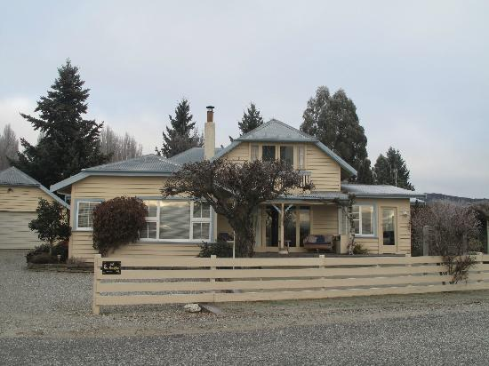 Riversong Bed & Breakfast: Riversong B&B