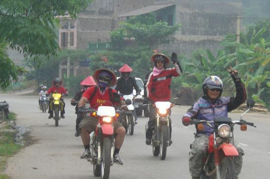 Vietnamrider Travel Company - Private Day Tours: 400cc dirt-bikes. Viet Nam Rider.