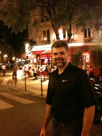 Grand Hotel du Loiret: View the hotel neighborhood