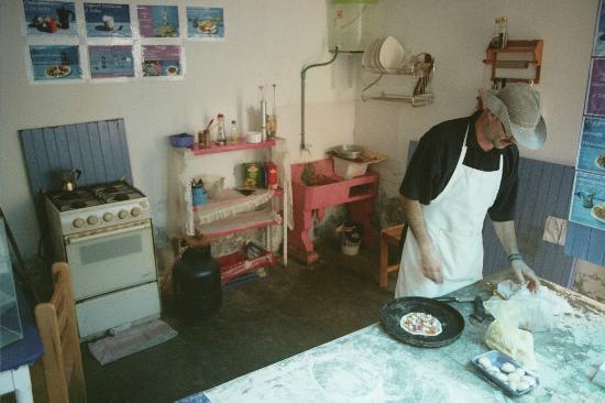 El Menu de Luca: Luca and his kitchen