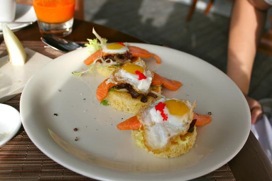 The Residence Maldives: breakfast