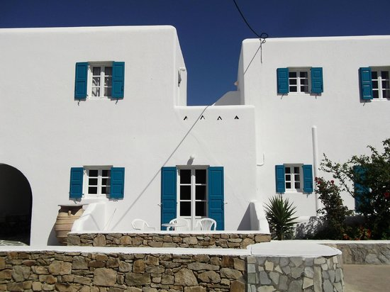 Cyclades Studios: Our Studio