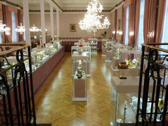 Francois Duesberg Museum: One of the rooms filled with pieces