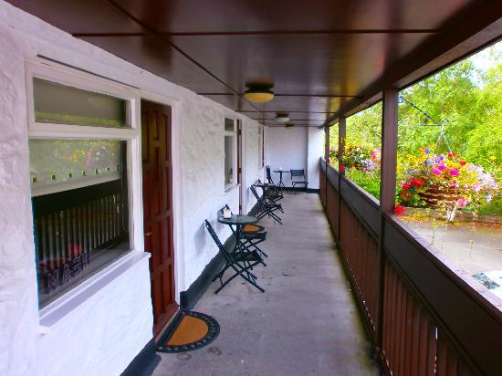 Gwesty Fairy Falls Hotel: Room Balcony