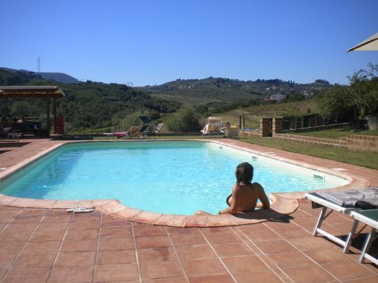 Piscina con acqua salata e vista sulle colline di carmignano picture of b b la gufaia - Piscina con acqua salata ...