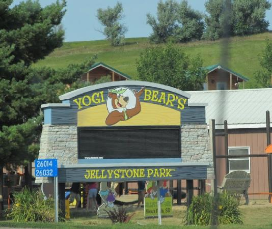 Yogi Bear's Jellystone Park Camp-Resort of Sioux Falls: Yogi Bear, Sioux Falls